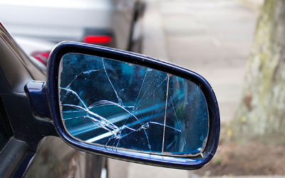 Is it Legal to Drive with a Broken Wing Mirror?